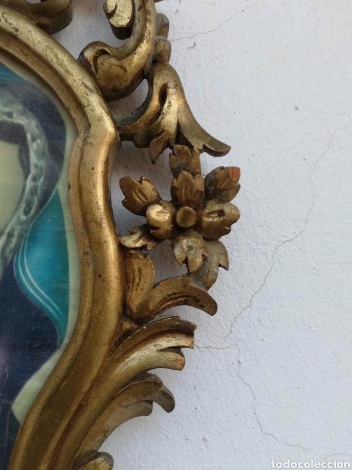 Antigüedades: Muy antiguo marco cornucopia en madera tallada y pan de oro con imagen religiosa hecho a mano - Foto 4 - 186546831