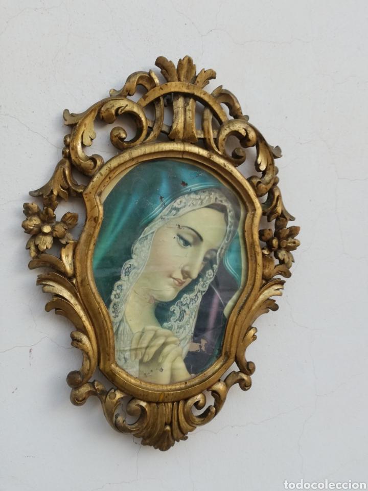 Antigüedades: Muy antiguo marco cornucopia en madera tallada y pan de oro con imagen religiosa hecho a mano - Foto 6 - 186546831