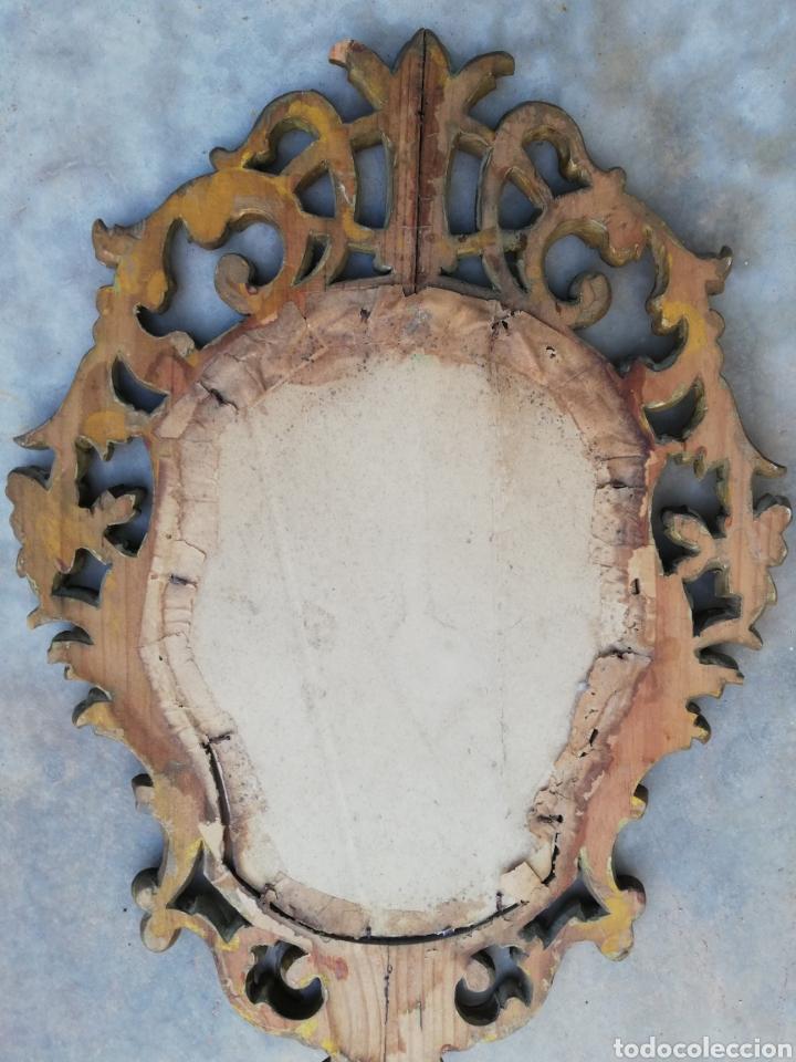 Antigüedades: Muy antiguo marco cornucopia en madera tallada y pan de oro con imagen religiosa hecho a mano - Foto 11 - 186546831
