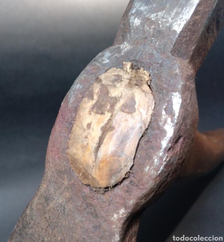 Antigüedades: Azuela, martillo. Antigua herramienta de carpintero de rivera - Foto 6 - 186837980