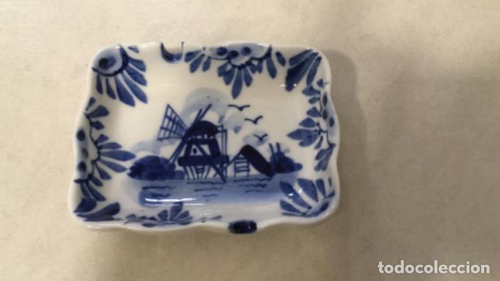 CENICERO DE DELFT PINTADO A MANO (Antigüedades - Porcelana y Cerámica - Holandesa - Delft)