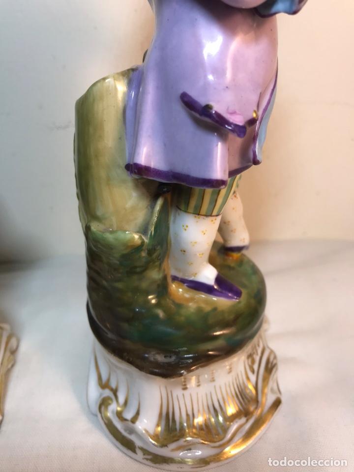 Antigüedades: 2 Figuras Porcelana-Francia-Viejo Paris- Violeteros- 21 cm - Foto 22 - 187184827