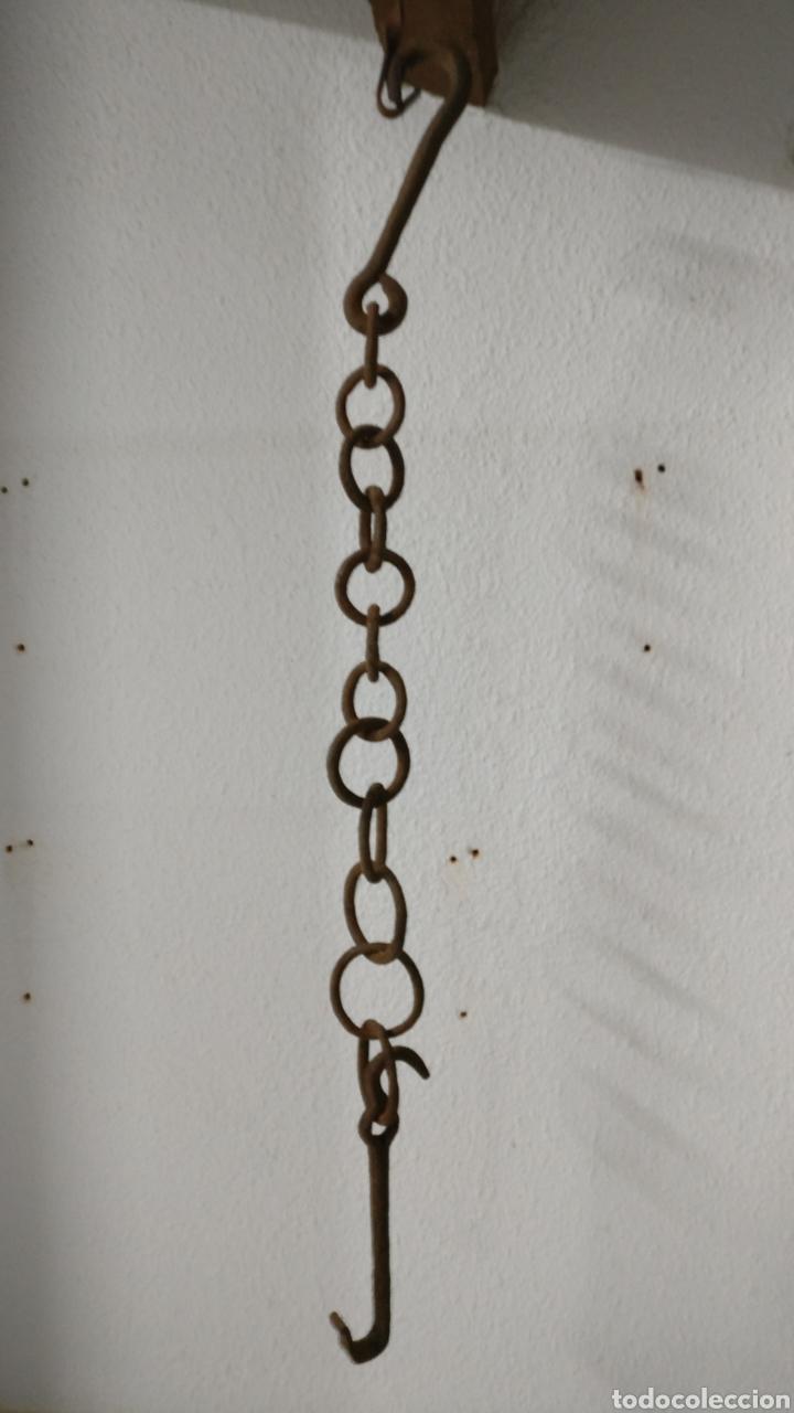 CREMALLO LLAR CREMALLERA CADENA EN HIERRO DE FORJA COLGADOR DE OLLAS CALDEROS 113 CM, CHIMENEA. (Antigüedades - Técnicas - Rústicas - Utensilios del Hogar)