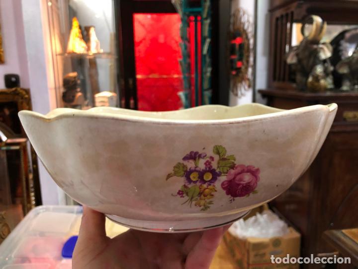 ANTIGUA ENSALADERA CERAMICA LA CARTUJA PICKMAN - MEDIDA 24X24 CM (Antigüedades - Porcelanas y Cerámicas - La Cartuja Pickman)