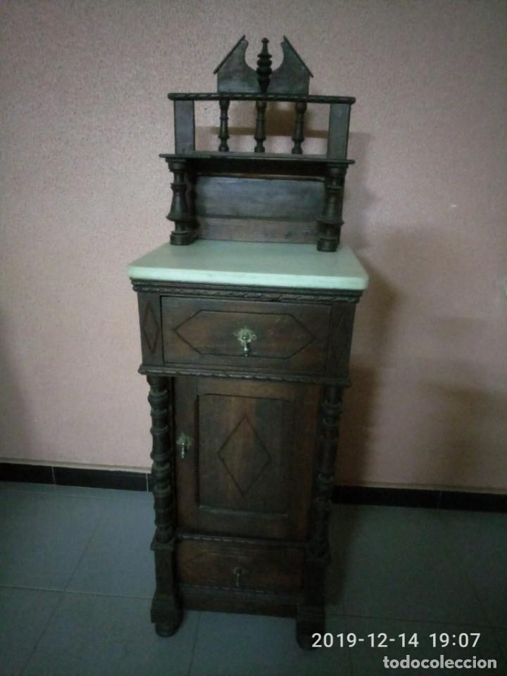 Antigüedades: ANTIGUA MESILLA DE MADERA Y TAPA DE MARMOL. - Foto 5 - 186452093