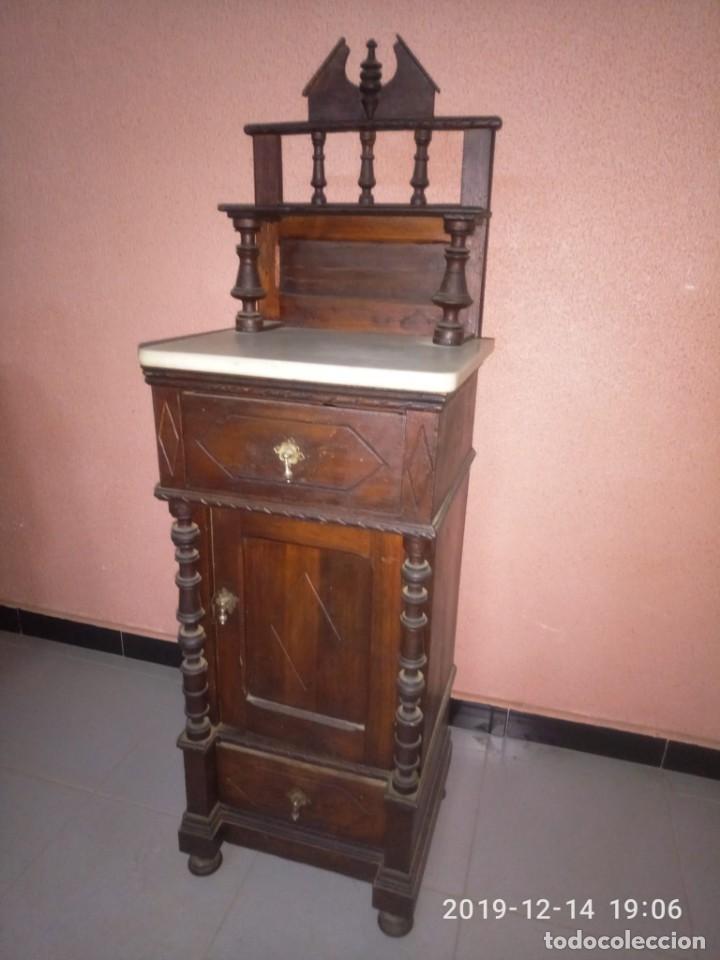 Antigüedades: ANTIGUA MESILLA DE MADERA Y TAPA DE MARMOL. - Foto 6 - 186452093