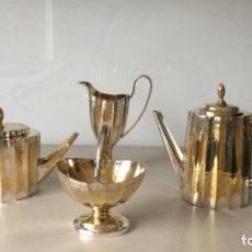Antigüedades: ORIGINAL JUEGO DE TÉ O CAFÉ DE METAL PLATEADO. Lote 187496956