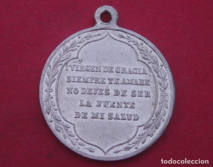 Antigüedades: Medalla Antigua Virgen de Gracia. Patrona de Carmona. Sevilla. - Foto 2 - 187528708