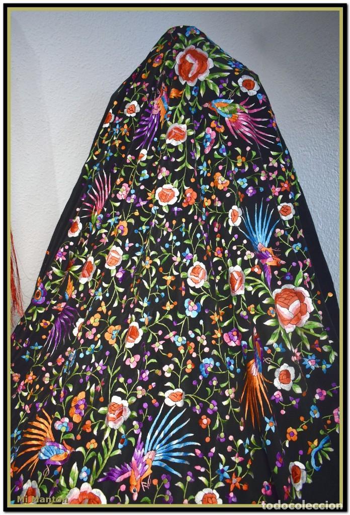 Antigüedades: manton de manill seda bordada a mano aves y flores - Foto 3 - 187541898