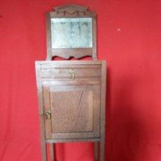 Antigüedades: PRECIOSA MESILLA MODERNISTA PARA RESTAURAR.. Lote 187585073