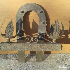 Antigüedades: APLIQUE LAMPARA DE PARED FORMA HERRADURA. Lote 187621120