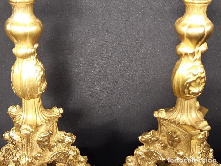 Antigüedades: Pareja candeleros. Bronce dorado. Napoleón III. Francia. Siglo XIX. - Foto 5 - 187769520