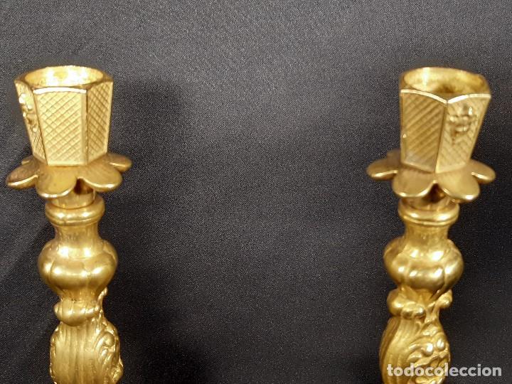 Antigüedades: Pareja candeleros. Bronce dorado. Napoleón III. Francia. Siglo XIX. - Foto 6 - 187769520