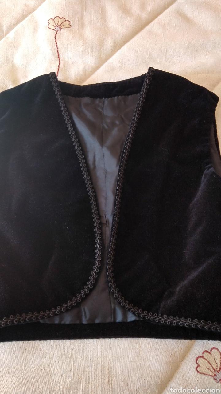 Antigüedades: Chaleco terciopelo antiguo de algodón con pasamanería - Foto 6 - 187970892