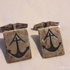 Antigüedades: BELLOS ANTIGUOS GEMELOS DE PLATA CON ANCLA. Lote 188470257