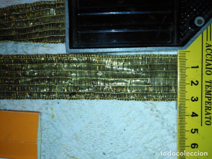 Antigüedades: 115 X 3 CM - ANTIGUO GALON ORO METAL HOJILLA , PARA MANTO FILO VIRGEN SEMANA SANTA CASULLA FAJIN - Foto 8 - 188420911