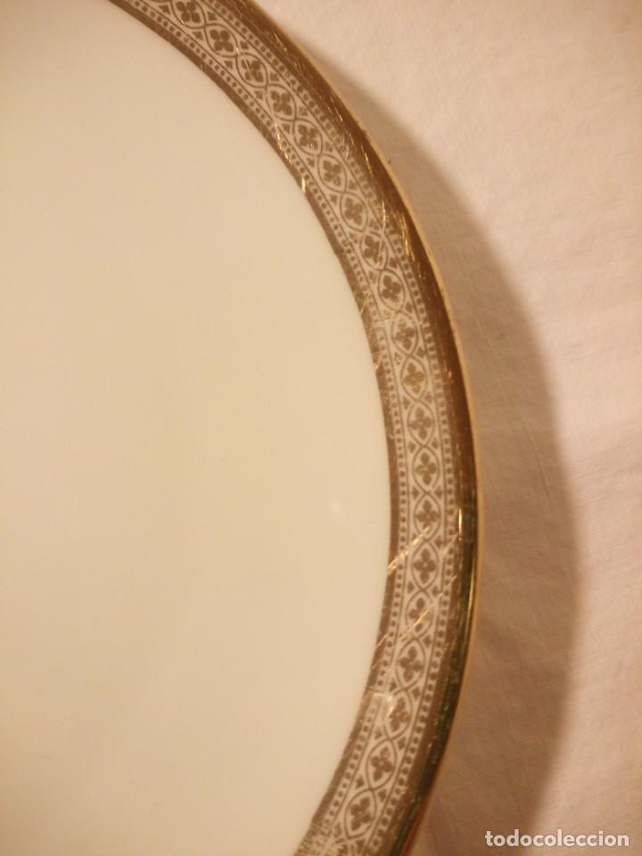 Antigüedades: Precioso plato de postre de porcelana winterling marktleuthen bavaria,decorado con oro y flor. - Foto 3 - 188478556