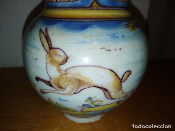 Antigüedades: Jarra cerámica Talavera ( Toledo) con liebre Ruiz de Luna - Foto 6 - 188541877