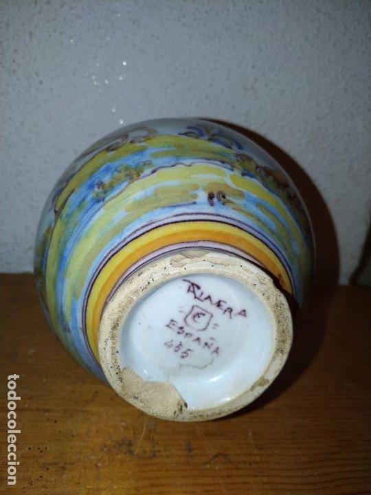 Antigüedades: Jarra cerámica Talavera ( Toledo) con liebre Ruiz de Luna - Foto 7 - 188541877