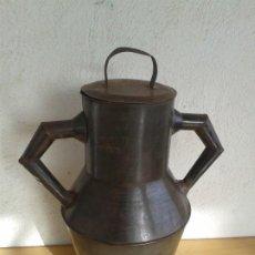 Antigüedades: ANTIGUO CÁNTARO CHAPA HOJALATA. Lote 188544076