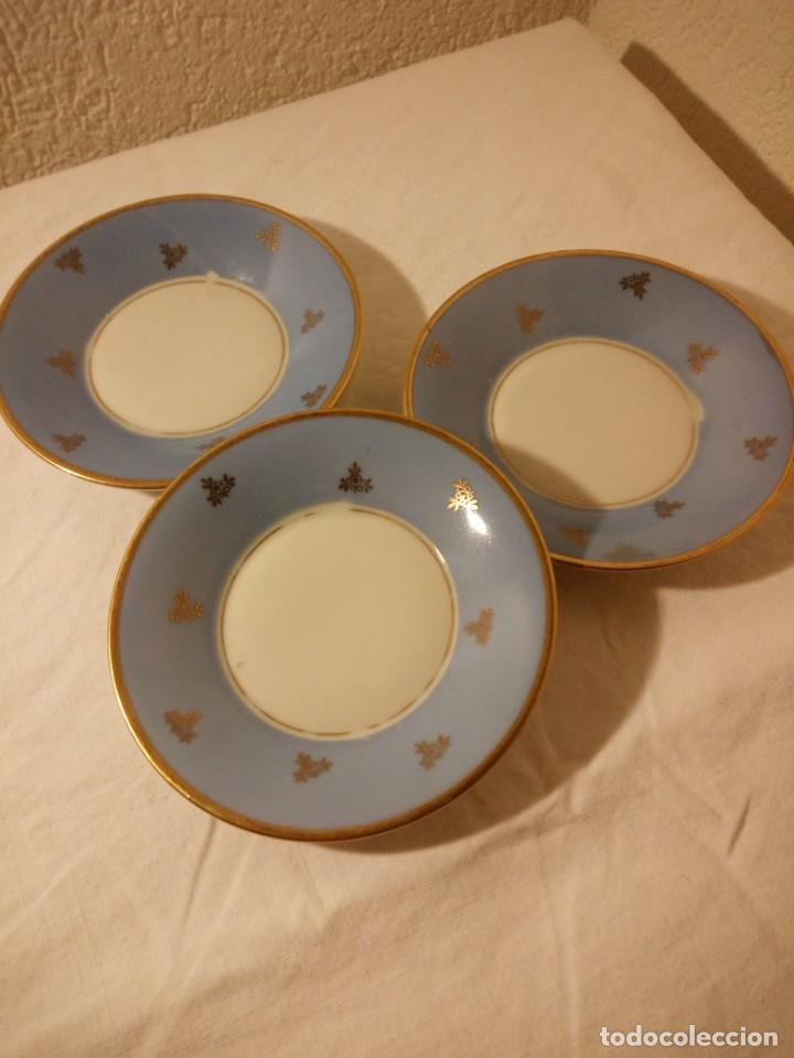 Antigüedades: Lote de 3 platos de café de porcelana wunsiedel bavaria,decorados con oro. - Foto 2 - 188603523