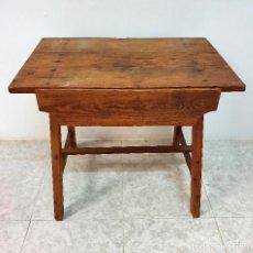 Antigüedades: ANTIGUA MESA TOCINERACON CAJON. Lote 188613572