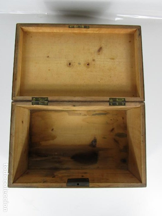 Antigüedades: Curiosa Caja de Sobremesa, Joyero - Decoración con Diferentes Madera Nobles - S. XIX - Foto 10 - 188621110