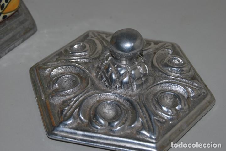 Antigüedades: PRECIOSO BOTE DE CERÁMICA - TAPA DE METAL - TALAVERA DE PUEBLA - MÉXICO - Foto 6 - 188621920
