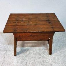 Antigüedades: ANTIGUA MESA TOCINERACON CAJON. Lote 188679180