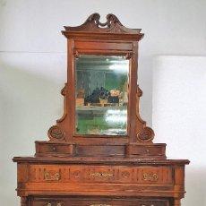 Antiquités: ANTIGUA COMODA ALFONSINA CON ESPEJO JOYERO. Lote 188687983
