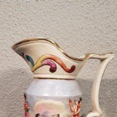 Antigüedades: EXCELENTE JARRA DE PORCELANA DE CAPODIMONTE DE FINALES DEL SIGLO XIX PRINC. XX. Lote 188696446