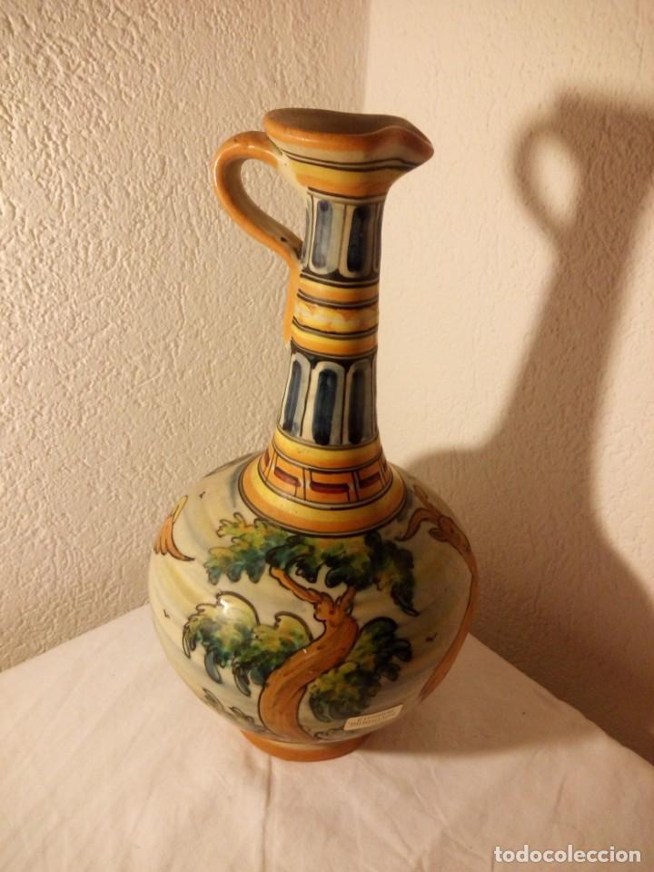 Antigüedades: antiguo jarrón con asa talavera s.t moneda,escenas de aves y ciervo - Foto 7 - 188742317