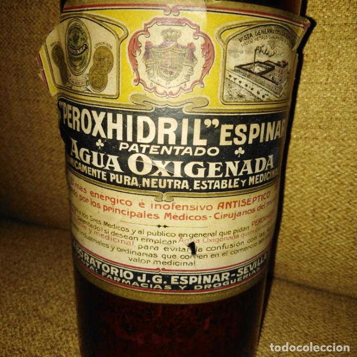 ANTIGUA BOTELLA DE CRISTAL DE AGUA OXIGENADA DE PEROXHIDRIL ESPINAR SEVILLA (Antigüedades - Cristal y Vidrio - Farmacia )