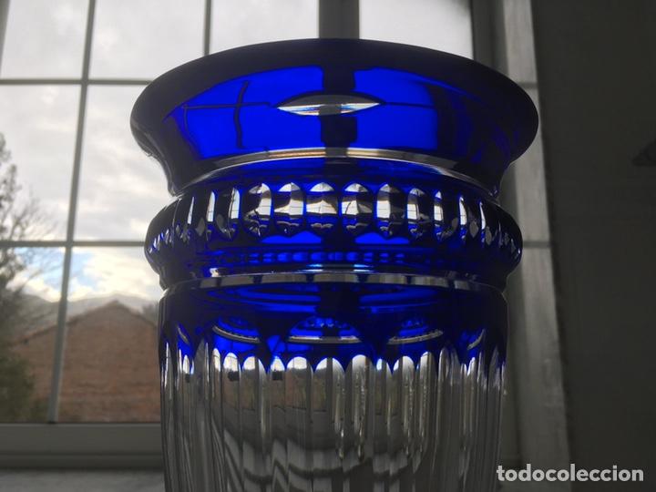 Antigüedades: Jarrón de cristal azul y plata de ley - Foto 6 - 188793261