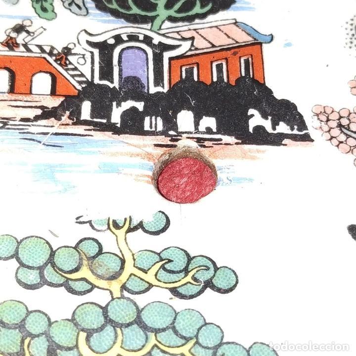 Antigüedades: CENTRO DE MESA. LOZA ESMALTADA. MOTIVOS CHINESCOS. INGLATERRA (?). XIX - Foto 4 - 189099436