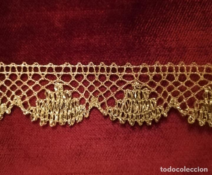 ENCAJE HOJILLA ORO 5 METROS X 3 CM (Antigüedades - Religiosas - Ornamentos Antiguos)
