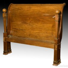 Antiquités: CAMA ESTILO BIEDERMAIER. MADERA DE CEREZO TALLADA. SIGLO XIX.. Lote 189149627