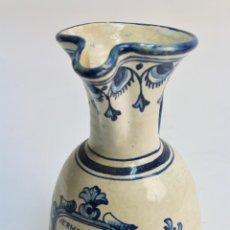Antigüedades: JARRA DE CERAMICA ESMALTADA. BEBE QUE LA VIDA ES BREVE. S.XX. . Lote 189158792