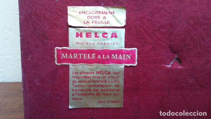 Antigüedades: MUY ESCASO CUADRO PLACA ESMALTADA CON ILUSTRACIÓN DE HULDAH, MARCO DORADO, AÑOS 50. - Foto 10 - 189222528