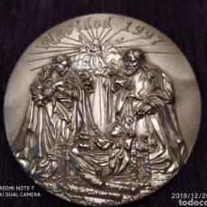 Antigüedades: METOPA NATAL DE 1997, EN BRONCE PLATEADO, NUEVA, ÚNICA, PRECIOSA, VER. Lote 189234380