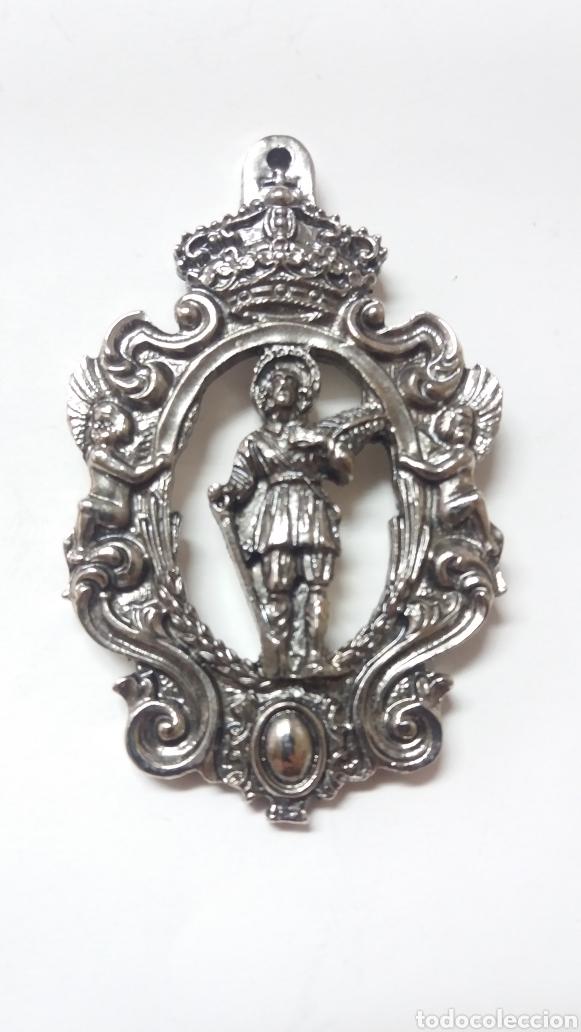 MEDALLA SAN ISIDRO GUADALEMA DE LOS QUINTERO, UTRERA SEVILLA (Antigüedades - Religiosas - Medallas Antiguas)