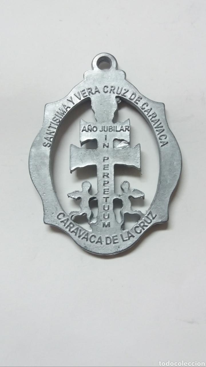 Antigüedades: MEDALLA STMA Y VERA CRUZ DE CARAVACA, AÑO JUBILAR IN PERPETUUM, CARAVACA DE LA CRUZ MURCIA - Foto 2 - 189274623