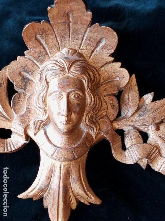 Antigüedades: Relieve decorativo tallado en madera - Foto 2 - 186432003