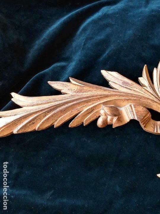 Antigüedades: Relieve decorativo tallado en madera - Foto 3 - 186432003