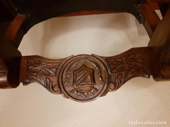 Antigüedades: PAREJA JAMUGAS, SILLONES MADERA Y CUERO - Foto 3 - 189330802