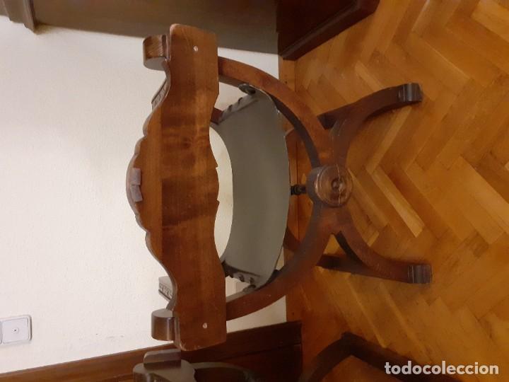 Antigüedades: PAREJA JAMUGAS, SILLONES MADERA Y CUERO - Foto 4 - 189330802