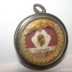 Antigüedades: ANTIGUO RELICARIO DE PLATA CON SU LACRA Y PRECINTOS INTACTOS.. Lote 189342628
