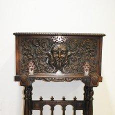 Antigüedades: BARGUEÑO ANTIGUO ESTILO RENACIMIENTO ESPAÑOL. Lote 189353821