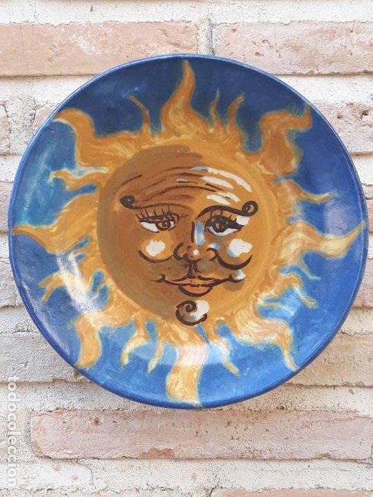 PLATO DE COLECCION EN CERAMICA PINTADA Y VIDRIADA - PIEZA UNICA. 1 (Antigüedades - Porcelanas y Cerámicas - Otras)