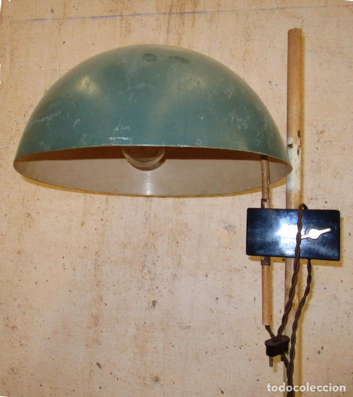 Antigüedades: ORIGINAL LAMPARA DE PIE CONSULTA MEDICO BAHUAUS AÑOS 20 CABLE NUEVO - Foto 2 - 189387587
